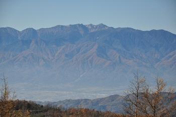入笠山から木曽駒.jpg