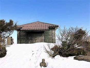 米山山頂薬師堂.jpg